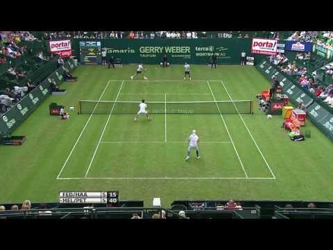 Roger Federer & Tommy Haas Play Doubles In Halle 2013
