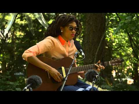 Valerie June - Twined & Twisted (Live on KEXP @Pickathon)