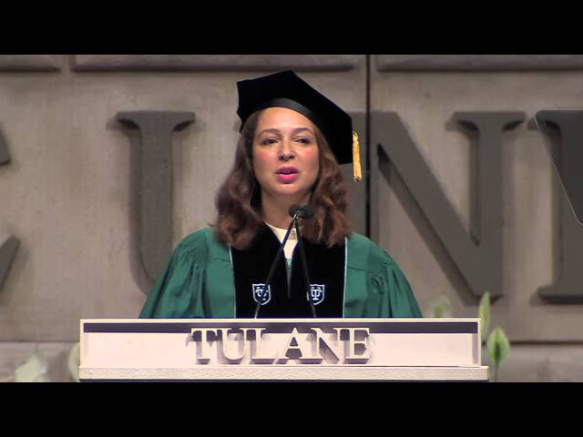 Maya Rudolph at Tulane Commencement 2015