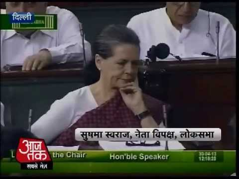 Aaj Tak special: Sonia Gandhi vs Sushma Swaraj part-1