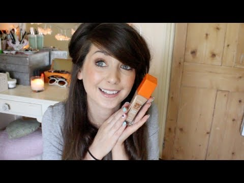 Highstreet/Drugstore Foundation Review #1 | Zoella