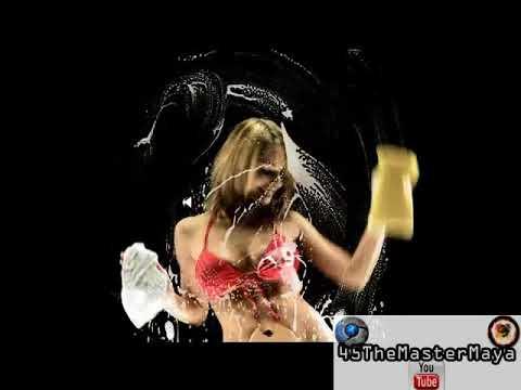 Protector De Pantalla Chicas Limpiando Tu Pc 2012