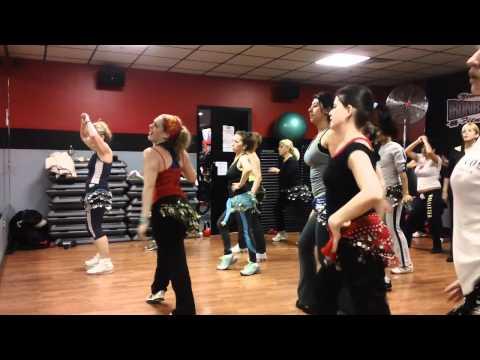 Shake Senora Zumba Fitness video