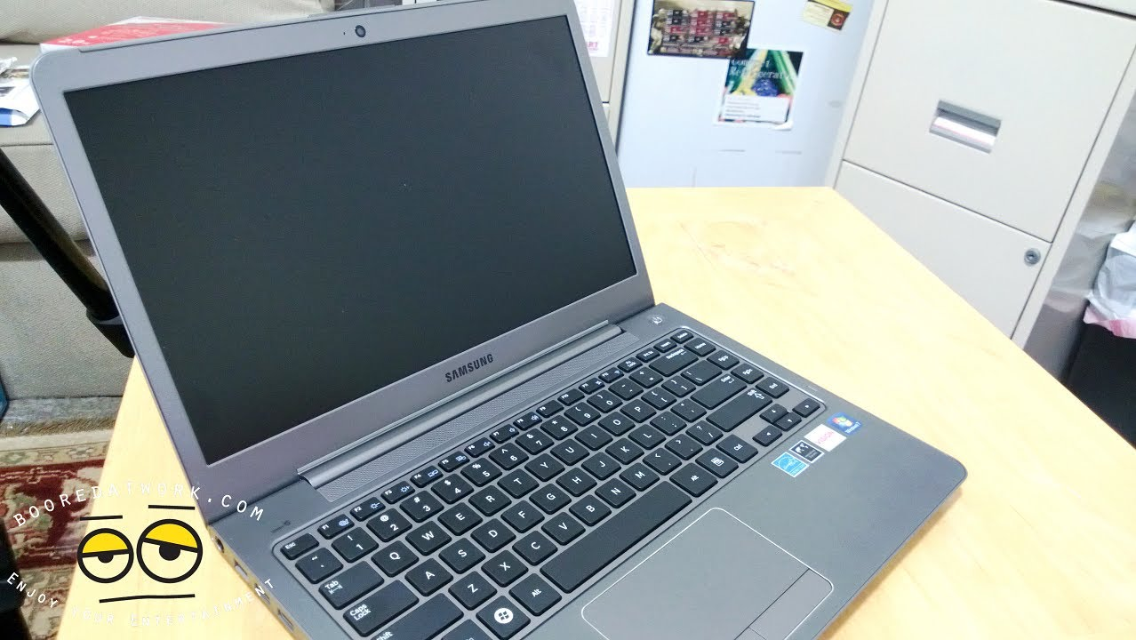Samsung AMD Trinity A10 APU Series 5 Laptop Review