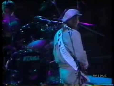 Stevie Ray Vaughan - Lookin' Out the Window