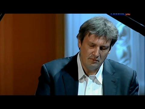 Boris Berezovsky plays Medtner - Sonata Romantica op.53 No.1 (live, 2012)