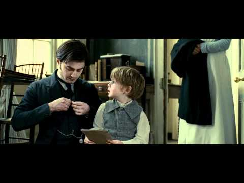 The Woman in Black - Daniel Radcliffe is Arthur Kipps