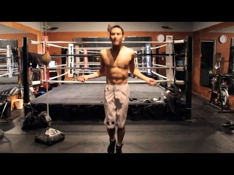 How to Jump Rope for Boxing Image 1