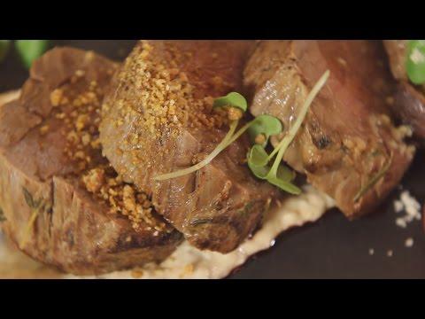 Ростбиф из телятины с соусом «Вителло тоннато». Рецепт от шеф-повара.