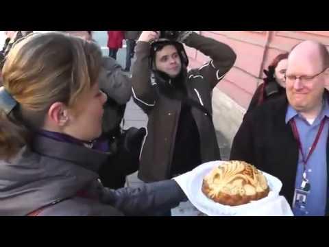 Русские отблагодарили Американцев за Крым у консульства США