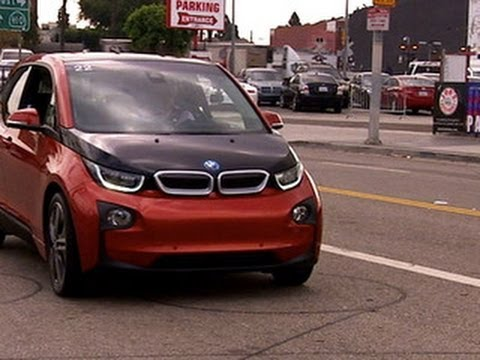 CNET On Cars - On the road with the BMW i3