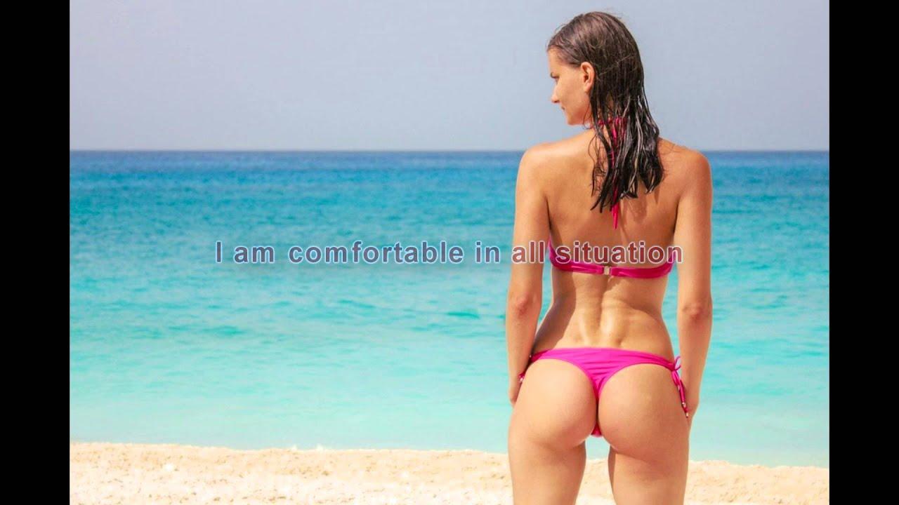 Как приятно вспомнить лето, пляж, девушки в бикини - Pikabu