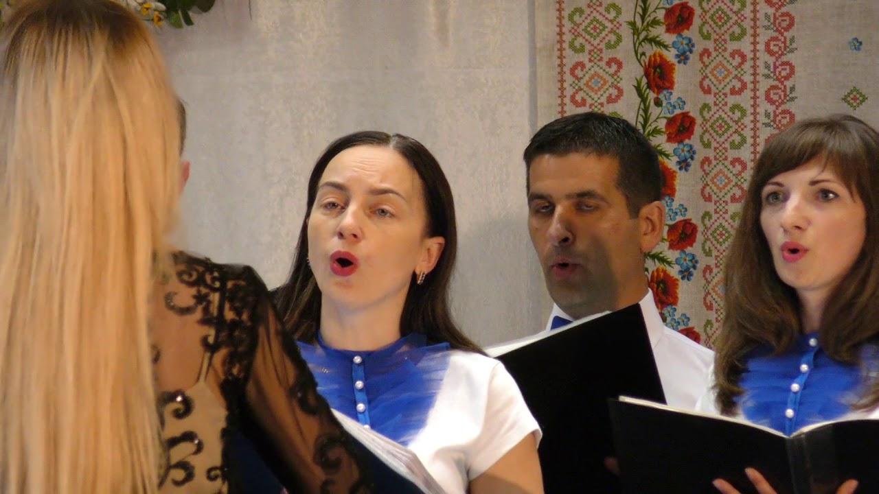 """Народний камерний хор """"Тавор"""" представив свою нову програму"""