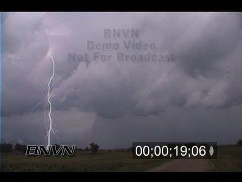 7/18/1999 Dangerous lightning video