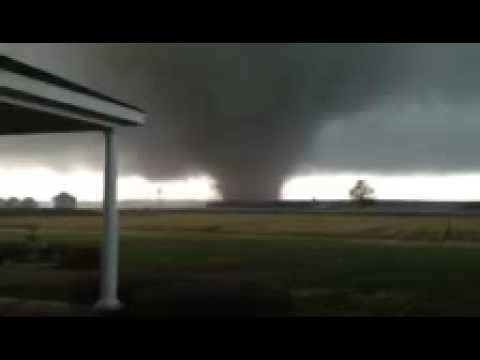 Powerful Tornado, Noxubee County, Mississippi 4/11/2013