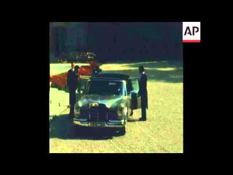 SYND 2-10-71 EMPEROR HIROHITO OF JAPAN VISITS FRANCE