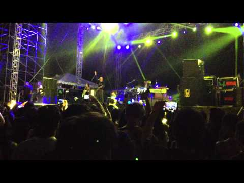 The Smashing Pumpkins - Tonight, Tonight Live at Good Vibes Festival 2013 - Sepang
