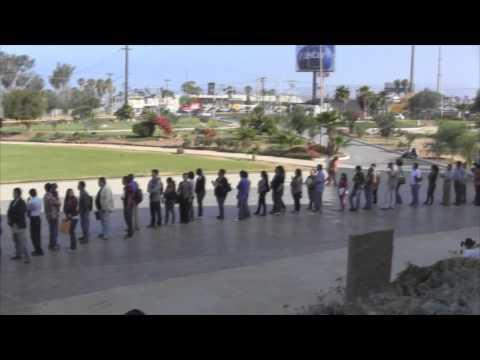 Acuden cientos a Feria del empleo en Ensenada