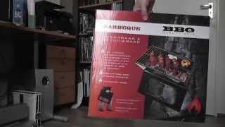 Portable and foldable barbecue (notebook bbq) unboxing