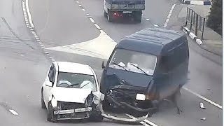 Russian Car crash compilation October part 4