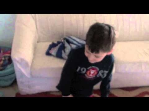 2012: Scarica gratis suneria ulleleullele mp3 BAMBINI DIVERTENTI VLOG – Vlog Giornalieri