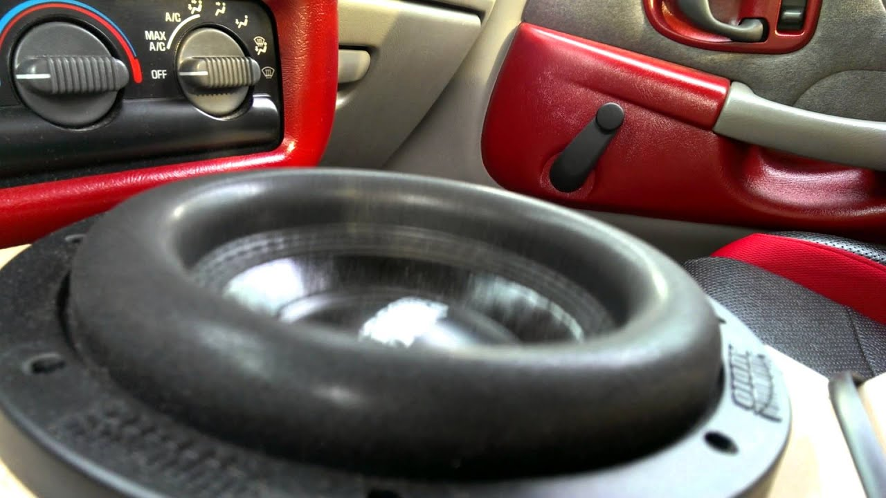 Custom Center Console Sub Box In A Single Cab S10 Youtube