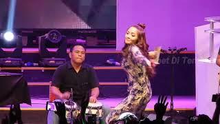 Siti Badriah Lagi Syantik Live At Ice Bsd Pri 2018