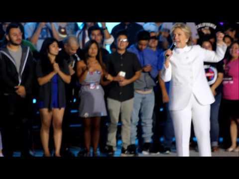 Indocumentados Que Pagan Impuestos Apoyan Más A EEUU Que Trump: H. Clinton