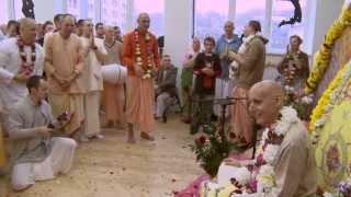 2012.11.03. Vyasa Puja -5- Guru Puja HG Sankarshan Das Adhikari Kaunas Lithuania
