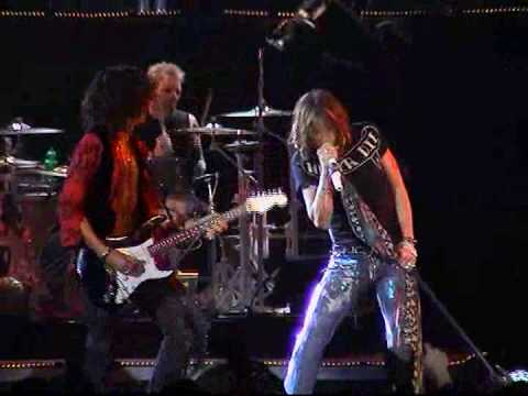 Aerosmith - Devils Got A New Disguise