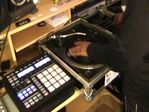 1 Turntable Session 2 DJ QBERT Scratch Record
