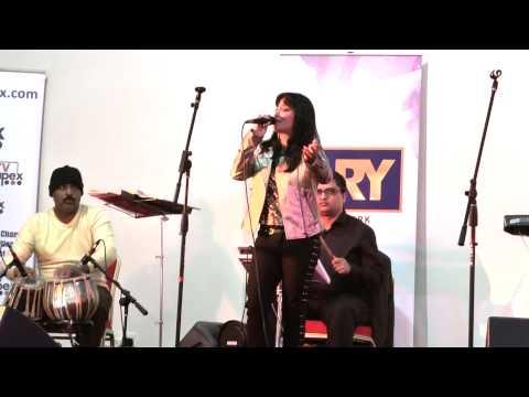 Sanu nehar Wale pul te Bula ke singer Rubayyat Jahan