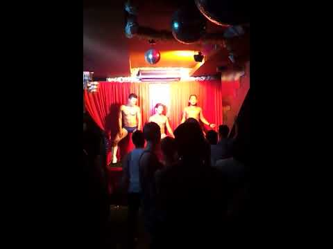 Sexy Muscle Guy Dance At Gay Bar In Bali,bali Joe video