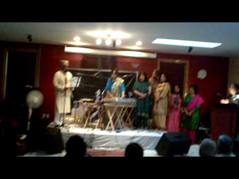 Woh pari kaha se laoon - Pehchan 1970 Live Sharda and local...