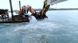 Mega Dredge Battle | Bering Sea Gold