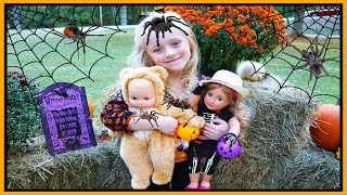 American Girl Bitty Baby Doll in Costume Goes Trick or Treating for Halloween Candy W/ Play Doh Girl