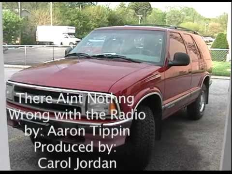 Aaron Tippin – If That Ain't Country