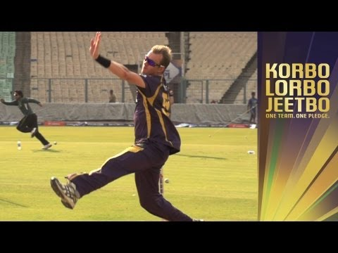 Brett Lee: A slow motion study