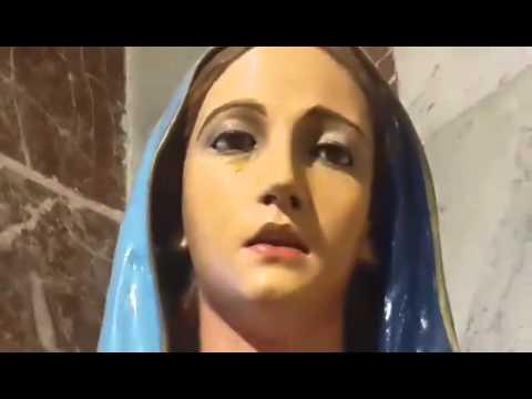 San Luis está conmocionada por la estatua de una Virgen que no deja de llorar