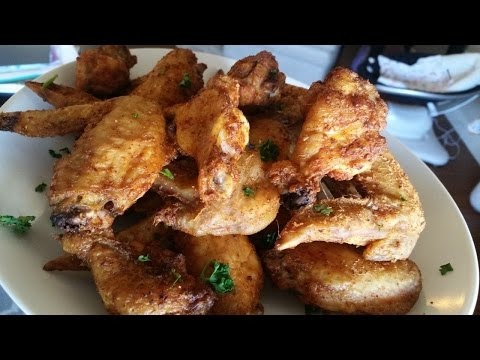 AMAZING Baked (Not Fried) Crispy Chicken Wings!