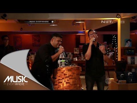 Mike  & Sammy Simorangkir  - Esok Kan Masih Ada (Utha Likumahuwa Cover) (Live at Music Everywhere) *