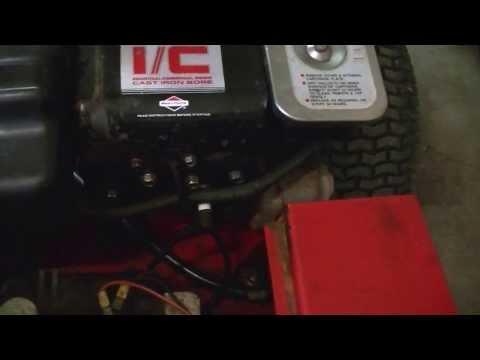 1989 Toro Professional 8-32 rear engine riding lawn mower