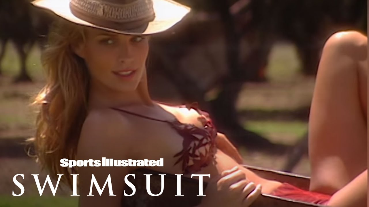 Sports illustrated s 50 greatest swimsuit models 15 molly sims