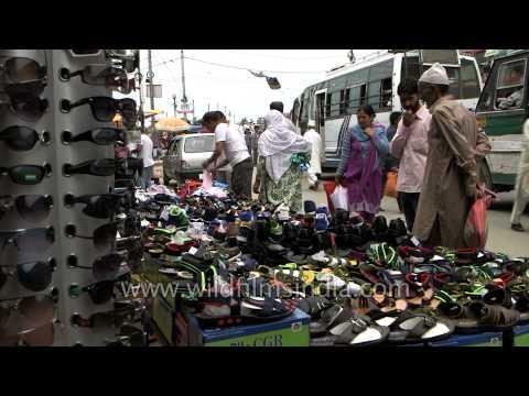 Busy streets of Lal Chowk market - Srinagar, Jammu and Kashmir