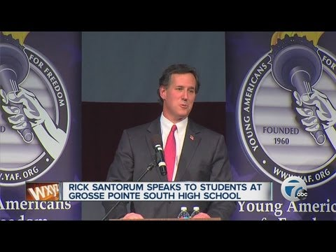 Rick Santorum speaks in Detroit area