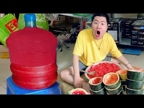 CƯỜNG NKT Thử Làm Bình Nước Dưa Hấu Không Hạt Khổng Lồ | watermelon juice big
