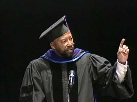 Walsh College Jan 2010 Commencement: Robert Bobb Video