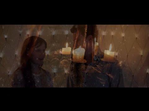Преглед на клипа: Martina Rajic - Bozic je za sve ljude