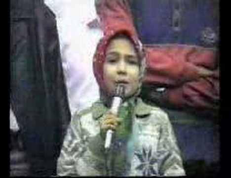 غزل خوانی دختر خردسال ایرانی بسیار خوش صدا و ماهرانه در تالار