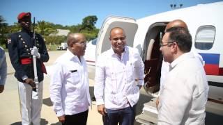 VIDEO: Arrivee President Martelly et PM Lamothe - Republique Dominicaine